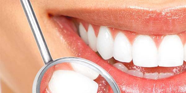 Ahmet Maranki'den Diş beyazlatma formülü