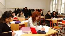 Okul müdürleri mesai saatinde kurs veriyor